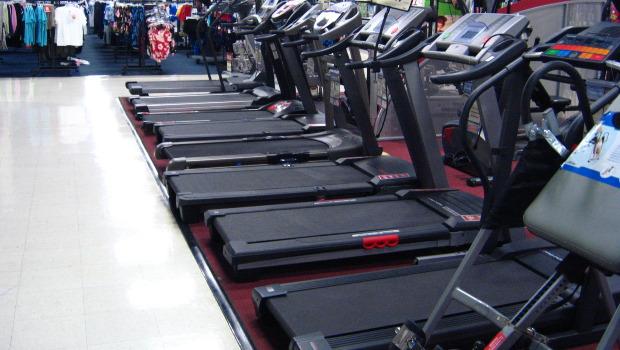 Ποια αερόβια είναι καλύτερη για κάποιον που κάνει bodybuilding; H Διαλειμματική Υψηλής Έντασης (HIIT) ή η Αερόβια Μέτριας Έντασης (LISS); Αναλυτικά, στο άρθρο του XBody.gr.