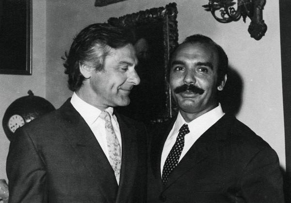 """Ο Τάκης Κάβουρας με τον Αμερικάνο """"Ταρζάν"""" Lex Barker."""