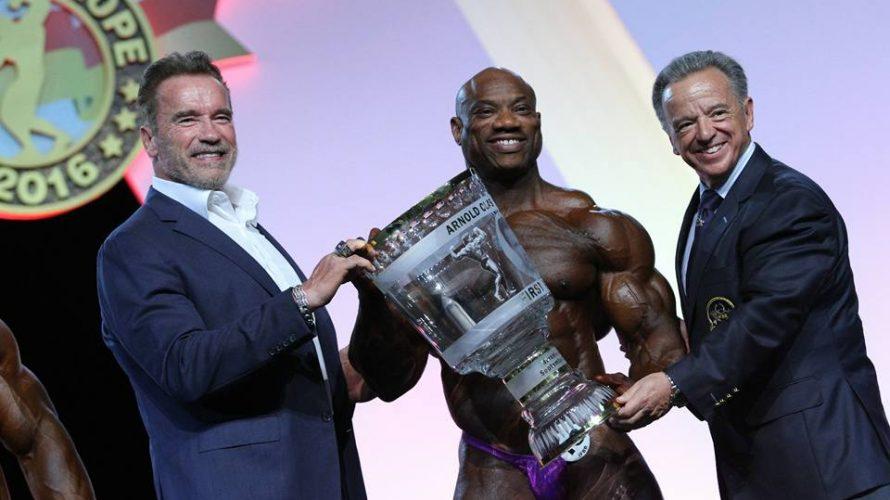 Η νίκη του Dexter Jackson στο Arnold Classic Europe 2016 τον ανακηρύσσει ως τον πλέον πολυνίκη bodybuilder στην ιστορία του επαγγελματικού bodybuilding.