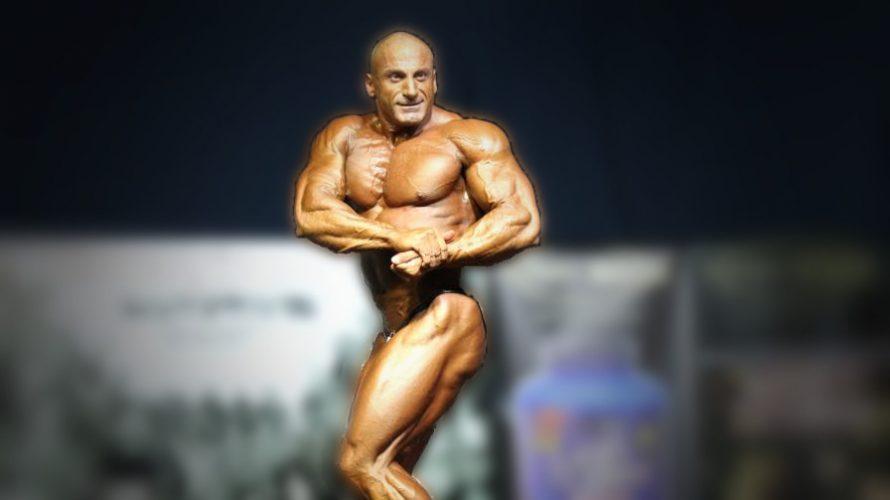 Έφυγε από τη ζωή απρόσμενα το μεσημέρι της Πέμπτης (6/7) ο Αγρινιώτης πρωταθλητής bodybuilding Φώτης Πλευρίτης. Ήταν 48 ετών.